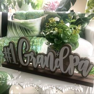 """NWT """"#1 Grandpa"""" Wood Desk Sign + Potted Plant"""